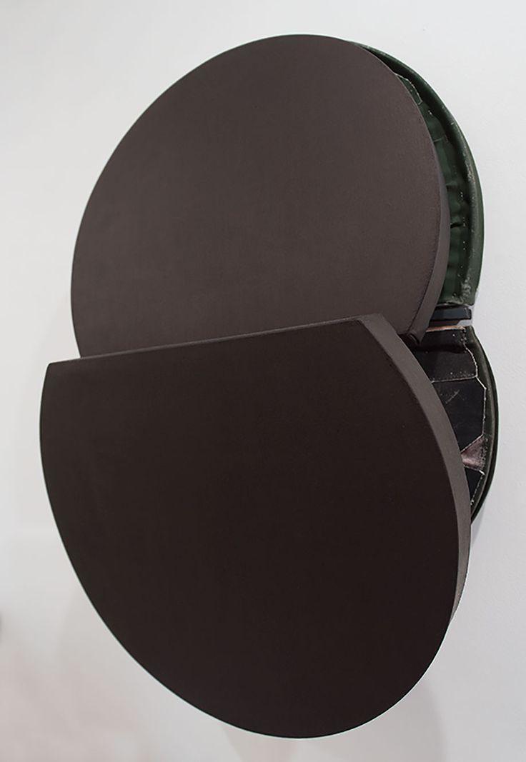 <b>Title:</b>Spinel Black Mirror Pit Painting<br /><b>Year:</b>2011<br /><b>Medium:</b>Oil, distemper, canvas, wood, and aluminium<br /><b>Size:</b>87.5 x 56 x 28 cm