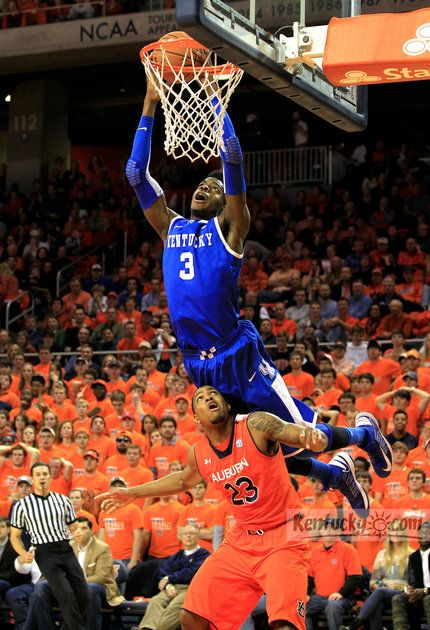 Kentucky Wildcats forward Nerlens Noel (3) dunked over Auburn Tigers guard Frankie Sullivan (23)