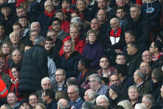 Hindari Pers, Mourinho Diam-Diam Datangi Ruang Ganti Burnley