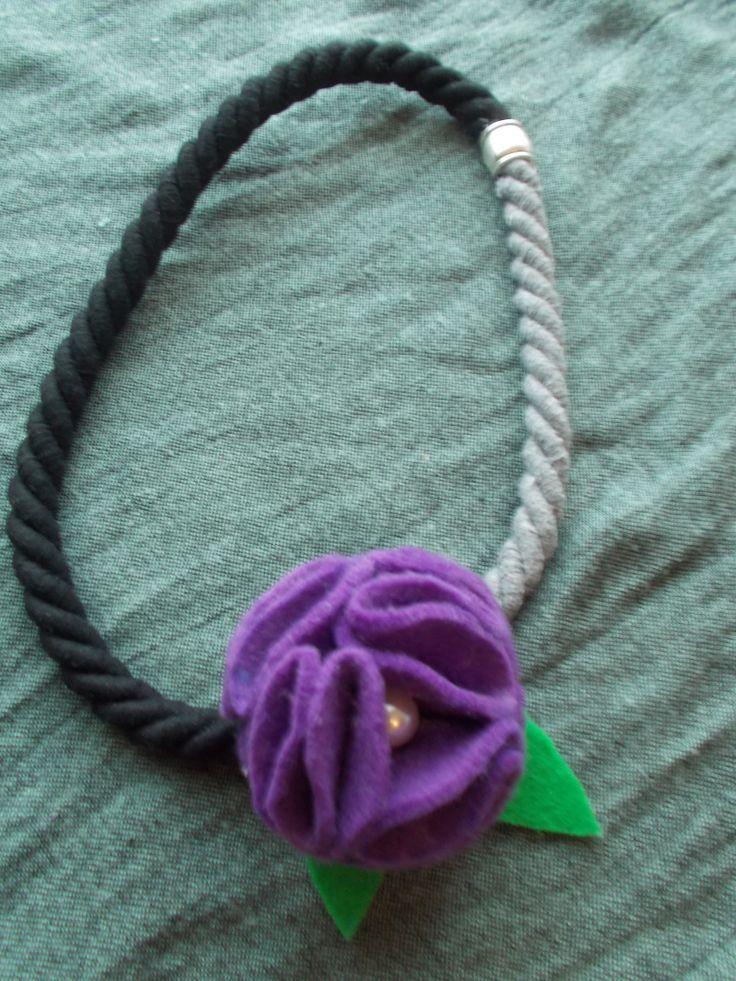purple flower necktale....