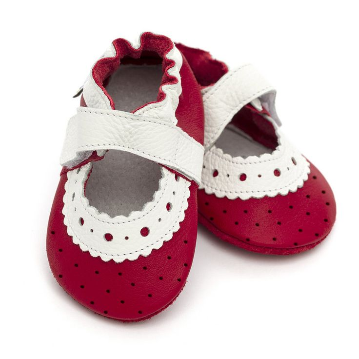 Liliputi Soft Baby Sandals -   http://www.liliputibabycarriers.com/soft-leather-baby-sandals/red-rose