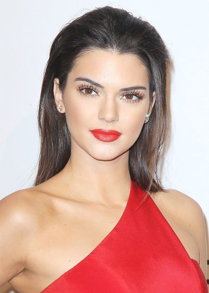 15 stunning red lips this season   – Bilden