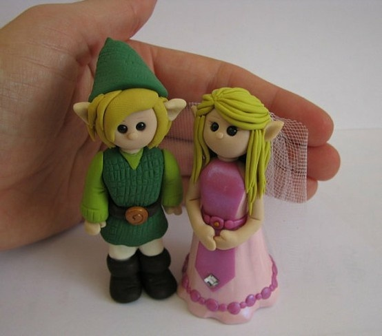 Link and Zelda cake-topper