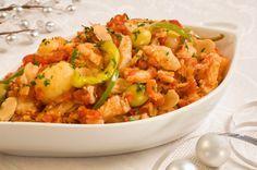 Aprende a preparar el bacalao tradicional mexicano, típico de las cenas de Navidad y Año Nuevo. Es muy fácil de cocinar!