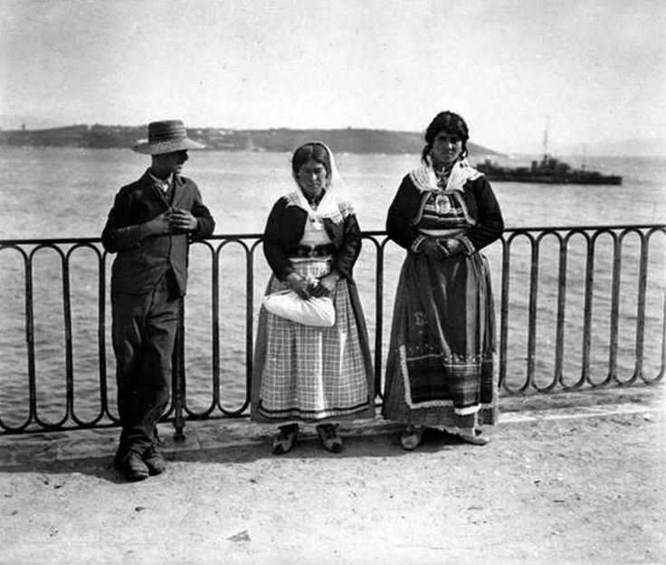 Κέρκυρα, χωρικές από τον Ποταμό.Απρίλιος 1916, Frédéric Gadmer. Αρχείο Θεόδωρου Μεταλληνού.
