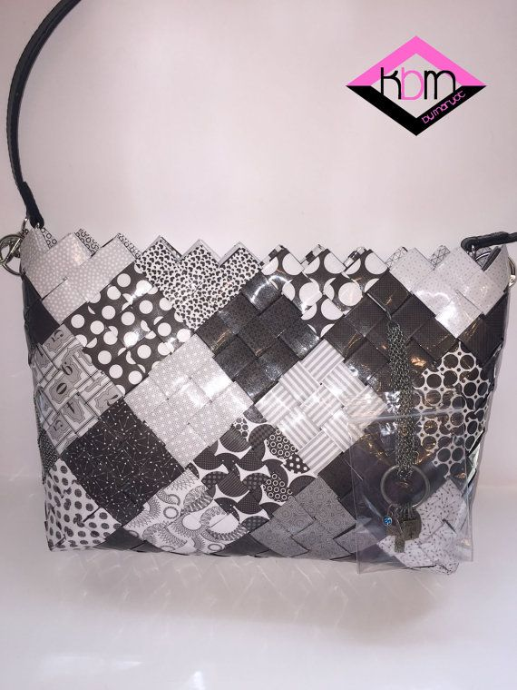 WOVEN HANDBAG Black & White Diamonds by KraftsbyMaryot on Etsy