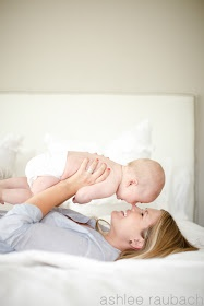 Repinning this one since the shoot that I like is marked as inappropriate for some reason. I like the idea of mom n baby on bed - simple n cute.