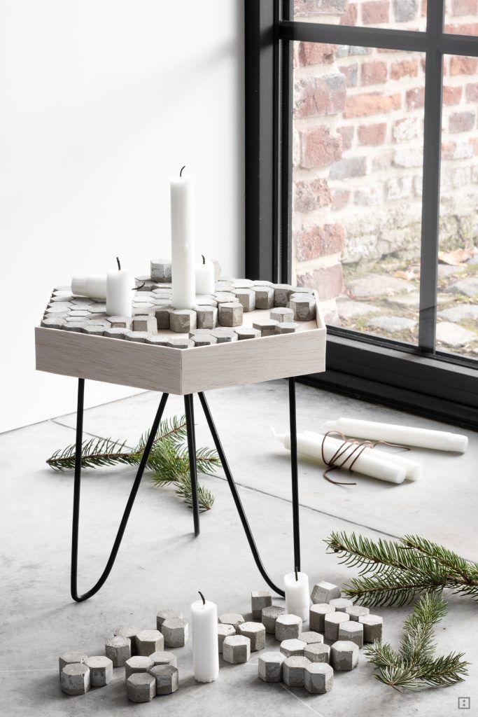 beton beistelltisch f r kerzen adventskranz mal anders. Black Bedroom Furniture Sets. Home Design Ideas
