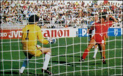 Second round,Enzo Scifo scores for Belgium,Belgium vs USSR 4-3 after extratime