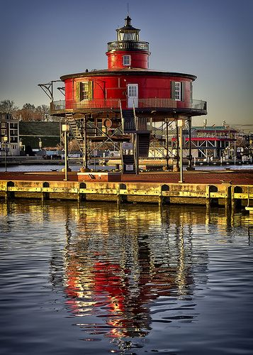 Seven Foot Knoll Lighthouse, Baltimore, MD