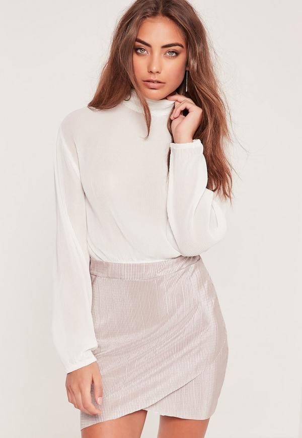 Pleated Turtle Neck Long Sleeve Crop Blouse White