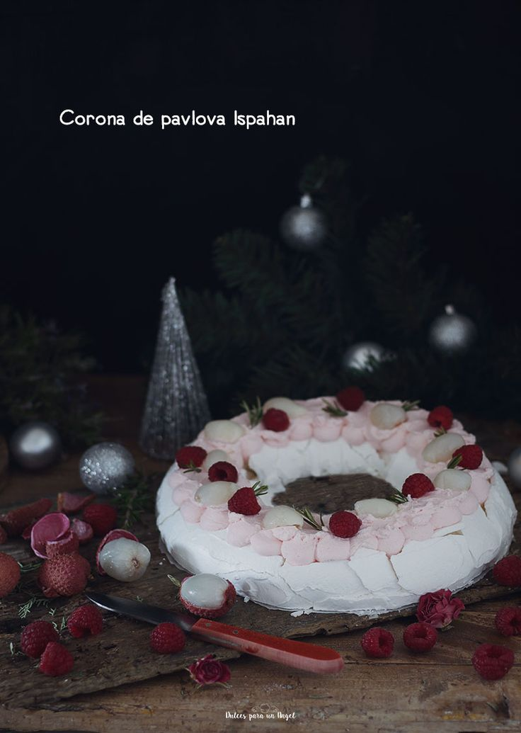 Vamos con la última receta del año, algo especial para esta nochevieja. La Pavlova es un merengue horneado, crujiente por fuera y cremoso por dentro. Esta combinación es del famoso chef pastelero P…