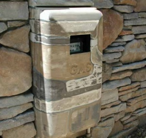 faux painting gas utility box