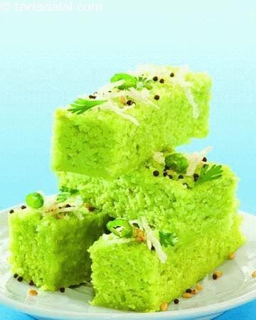 Toovar Methi Na Dhokla ( Gujarati Recipe) | Dhoklas recipes | Steamed Snacks | Snacks | Tarladalal.com