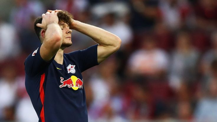 RB Leipzig not ruling out Oliver Burke sale but won't consider loans