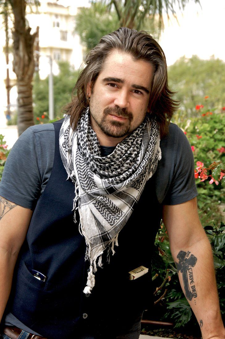 Pin for Later: 15 Hot Celebrity Guys Who Make the Man Bob Cool Colin Farrell Something about Colin's tattoo, scarf, and bob combination makes us want to bite our lip . . . Or his lip, if he's offering.