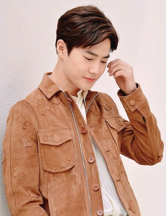 #Suho i literally choked on my coffee when i saw this