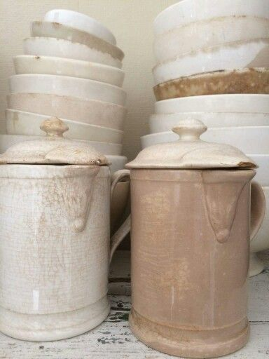 .I love colection like this: discoloured, worn, damaged because they are used.