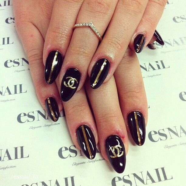 ★ i don't really like the pointy, but those squared off omg <3 i wanna try! >.