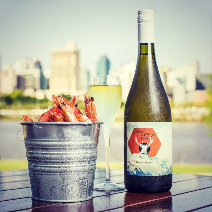 Wine and seafood, the perfect combo.