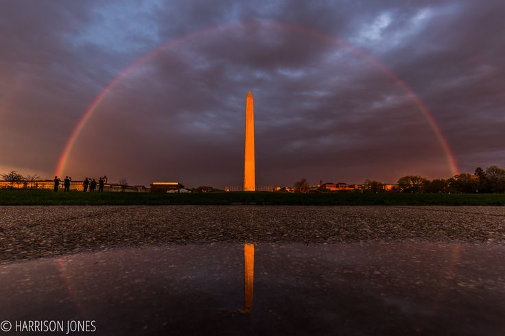 During the sunset today in D.C. a rainbow appeared over the Washington MonumentDuring the sunset today in D.C. a rainbow appeared over the Washington Monument : pics