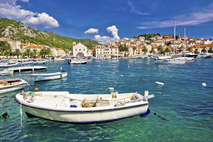 Book a 20-day all-inclusive Croatia holiday exploring the history, beauty and culture of this unique destination with Mosaic Travel.