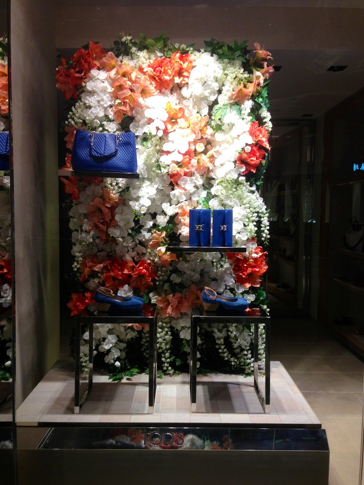 LK By Lincoln Keung: TOD'S  Window Display - The LANDMARK