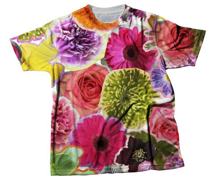 t-shirt da donna personalizzata stampata con grafica floreale