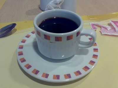 Como quitar manchas de café o té de una taza | Solountip.com