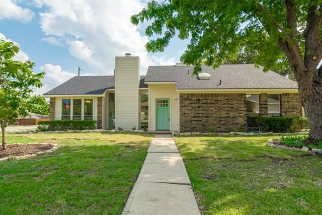 Completely Renovated 3 bed, 2 bath home is a MUST SEE 4020 7TH STREET, SACHSE, TX 75048 – 'bit Southern Realty Group   eXp Realty