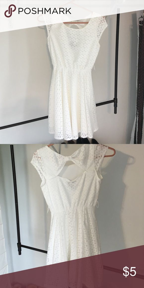 White dress Perfect condition Dresses Backless