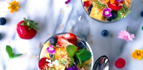 Кокосовый пудинг со свежими фруктами