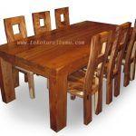 Set Meja Makan Trembesi SMK-003 set meja makan dengan desain minimalis modern terbuat dari bahan baku kayu trembesi yang kokoh.