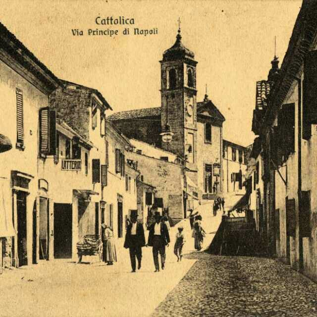 L' antico Borgo di Cattolica(antica via Flaminia) ora via Pascoli.