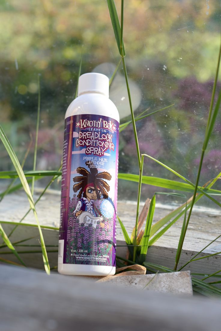 Do you love the smell of a lavender field? The you should try out this great conditioning spray from knottyboy. It makes your dreadlocks soft and nice and smell great. Find it in our shop; http://dreadstuff.com