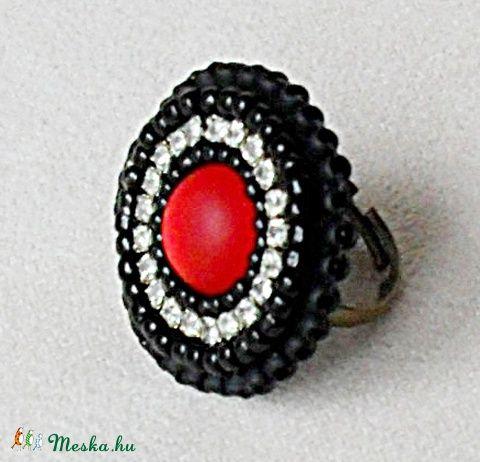 Piros - Fekete gyűrű, Ékszer, óra, Gyűrű, Meska