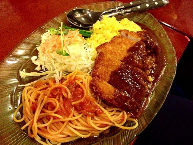 うまそー! トルコライスて長崎の名物? - 92件のもぐもぐ - Pork cutlet , spaghetti Napolitana and pilaf                        トルコライス☀ by Minia♥️