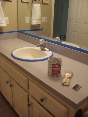 Painting laminate counter tops to make them look like stone with out the high price tag! I might need this some day