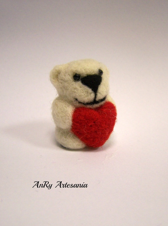 Valentine's Day giftNeedle felted small bearwith red by ArteAnRy, €10.00