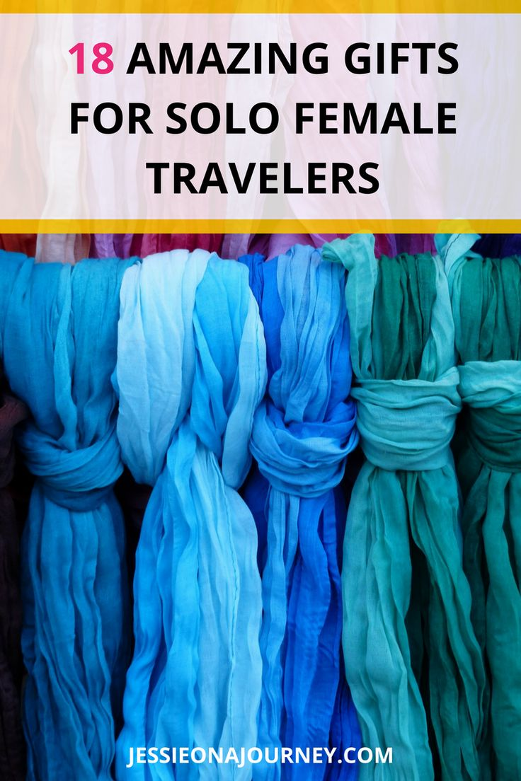 Solo Female Travelers l The Ultimate Gift Guide For Traveling WomenSolo Female Travelers l The Ultimate Gift Guide For Traveling Women