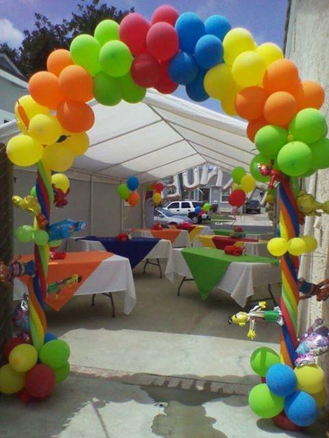 Sesame street balloon arch 1st birthday pinterest for Balloon arch decoration ideas
