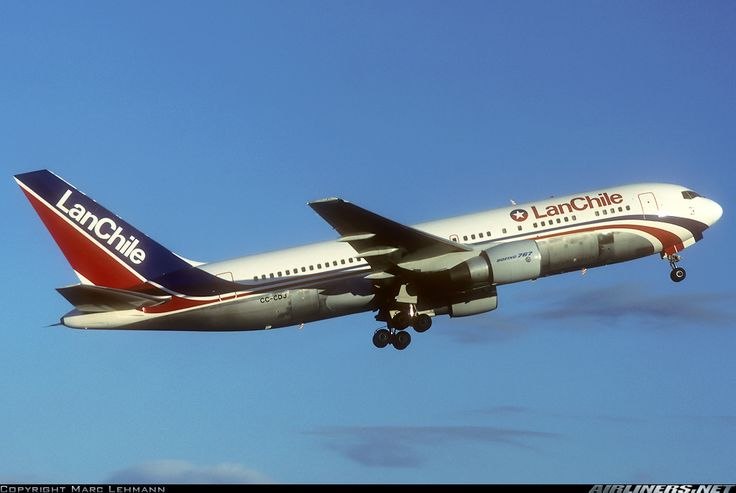 Boeing 767-284/ER aircraft picture