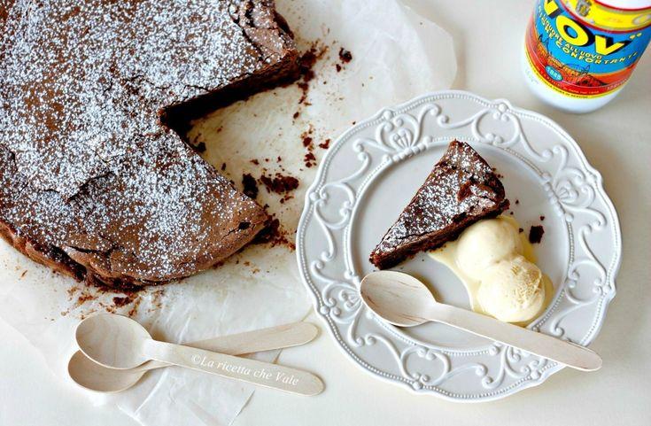 Torta fondente al Vov con gelato al cioccolato bianco   La ricetta che Vale