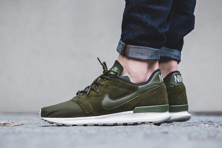 """Nike Air Berwuda Premium """"Legion Green/Sequoia"""" - EU Kicks Sneaker Magazine"""
