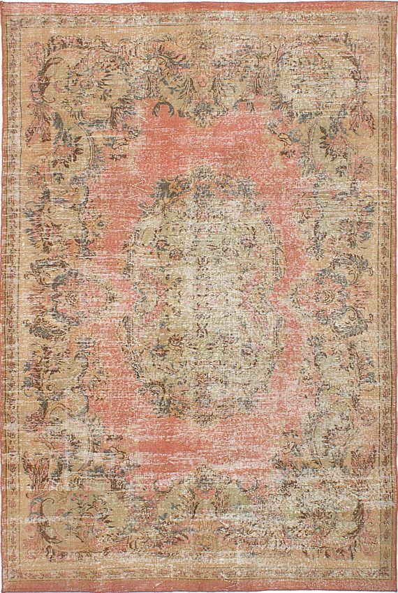 Type deken: Vintage Turks Overdyed tapijt Land van oorsprong: Turkije Grootte: 68 x 101 Constructie: Handgemaakte/handgeknoopte Materiaal: 100% wol ..................................................................................................... GRATIS VERZENDEN EN RETOURNEREN Tapijten schip veilig van Plattsburgh, New York. Tapijten zijn gegarandeerd om te komen tot u via Fedex. Afhankelijk van uw locatie, kunt u verwachten om te ontvangen van uw bestelling binnen 5-10 vanaf de a...