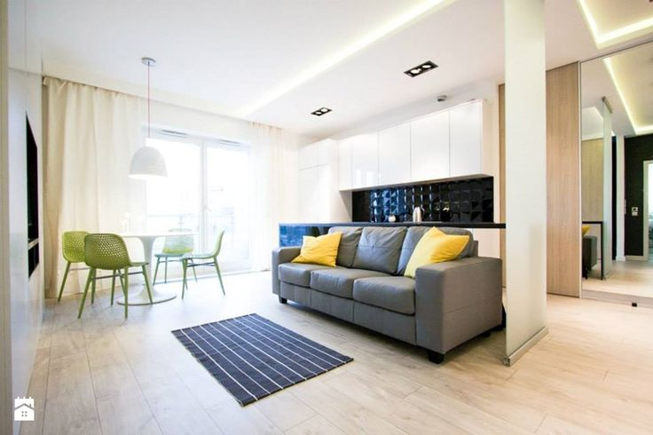 3 w 50m2 - Mały salon z kuchnią z jadalnią z tarasem / balkonem, styl nowoczesny - zdjęcie od BOGACZEWICZ monochrome