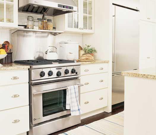 Fieldstone Cabinetry Bristol Door Style In Maple Finished In Ivory Cream.  BristolKitchen CabinetsIvory