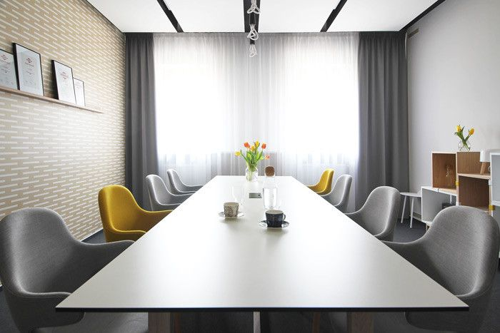 PeckaDesign & DesignVille meeting room.