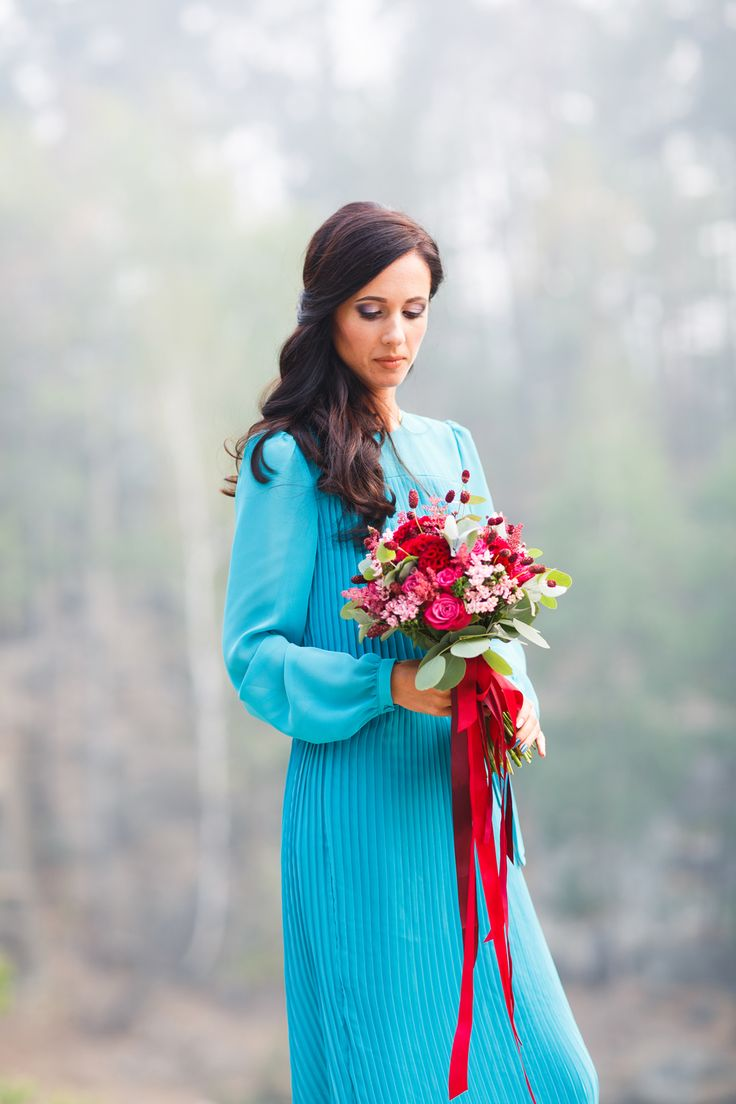 ФОТОСЕССИЯ НА 10 ГОДОВЩИНУ СВАДЬБЫ: ВИКТОРИЯ И ИГОРЬ 10th anniversary shooting: aqua blue, red, fuchsia. Wedding flowers and bridal bouquet. Huge love and beautiful couple