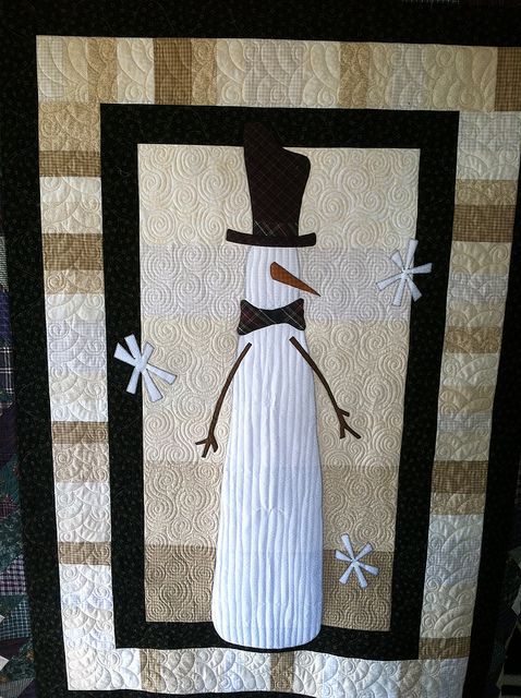 by Jessica's Quilting Studio, via Flickr ....I don't even like quilts, but these are amazing!! I would buy one! The detail is unbelievable!